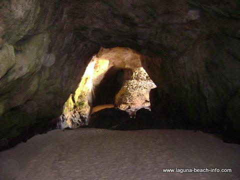 Thousand Steps Beach, 1000 Steps Beach, Laguna Beach beach - Laguna Beach Information, California Beaches