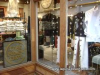 Thee Foxes Trot womens clothing fashion boutique store, laguna beach shops
