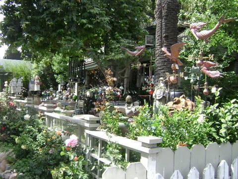 Madison Square Garden & Cafe roses in Laguna Beach