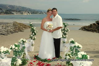 Doss Beach Wedding on the sand at Main Beach, Laguna Beach Weddings