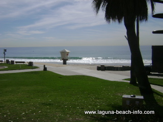 Grassy Area, Main Beach Laguna Beach
