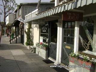 Salon 828 Hair Beauty Salon, Laguna Beach Spa