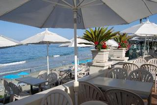 Terrace Cafe Casual Dining over the sand at Main Beach at Hotel Laguna, Laguna Beach Restaurants
