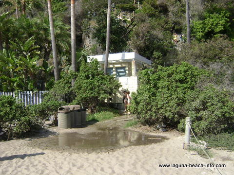 Facilities at Thousand Steps Beach, 1000 Steps Beach, Laguna Beach, California